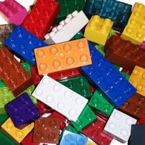 Lego Duplo 400 Grundbausteine Basicsteine verschiedene Farben und Formen